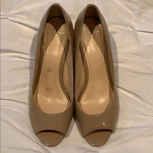 Like New Cole Haan wedge shoes 8